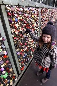 biểu tượng tình yêu tại Cologne, Đức.